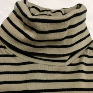 J. Crew Tops - J. Crew Mercantile striped turtleneck tan/black S